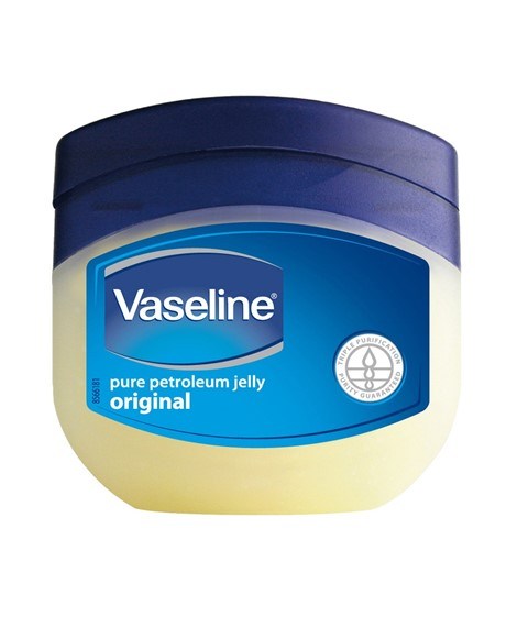Vaseline Pure Petroleum Jelly Original Skin Protectant porotects minor cuts and burns. Temporarily protects and helps relieve chapped or cracked skin and lips. Helps protects from the drying effects of wind and cold weather.